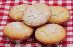 It wouldn't be Christmas without some old-fashioned home-made mince pies!